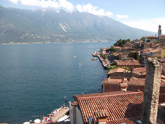 Balcony view bild von hotel castell limone sul garda for Balcony 412 sul