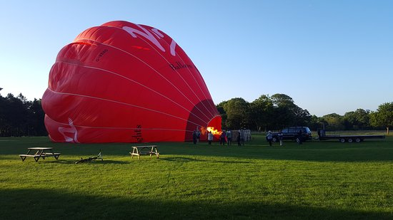 Virgin Balloon Flights - Swindon, Lydiard Park