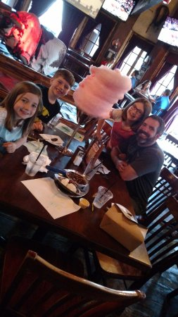 Saddle Ranch Chop House: cotton candy