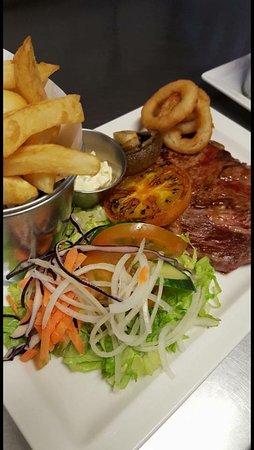 Pinehurst Bar and Restaurant