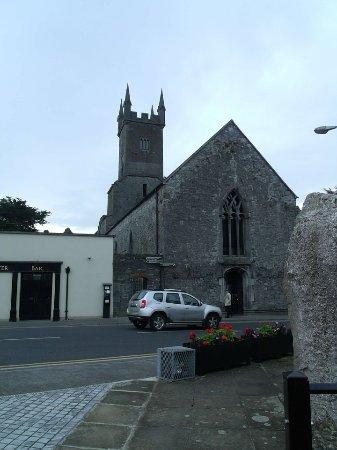 "Ennis, Irlanda: Home of the ""Mad Monk"""