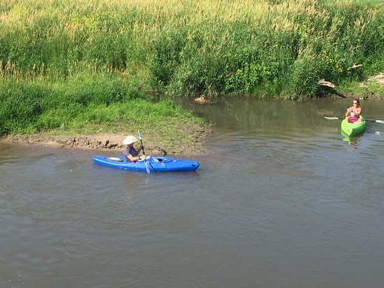 Lanesboro, MN: Kayakers enjoying the river