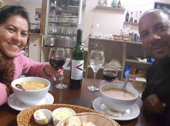 Jantei juntamente com minha esposa...