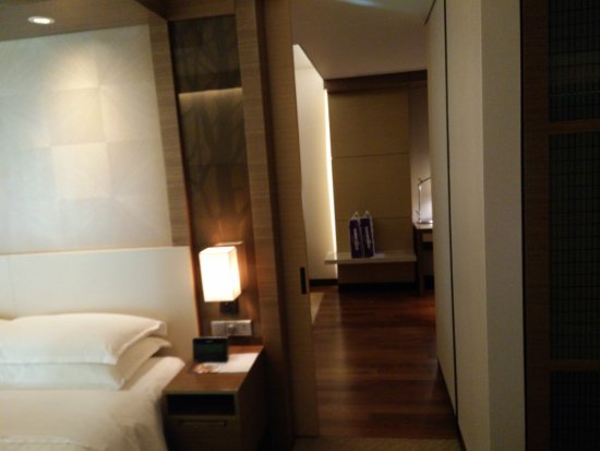 Sheraton Seoul D Cube City Hotel: IMG_20170519_172427_large.jpg