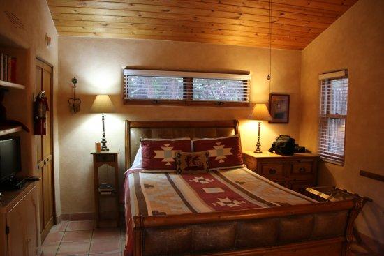 Dreamcatcher Bed & Breakfast : Kokopelli room