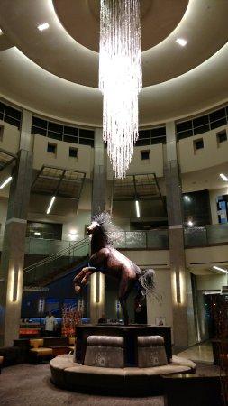Wild Horse Pass Hotel & Casino: Lobby area by the entrance.