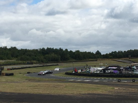 Three Sisters Race Circuit >> Outstanding Thrill Packed Day Ouut Foto Three Sisters