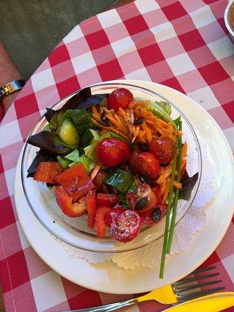 Studer's : Farm Fresh Salad