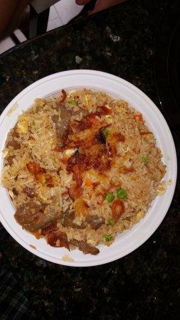 Middle Village, NY: Khao Pad Bar Saranee Mint Fried Rice.