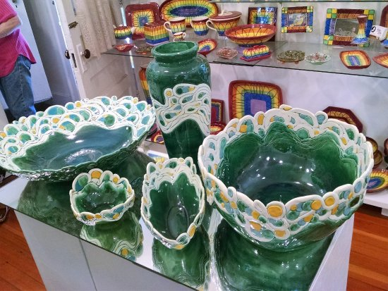 West Stockbridge, MA: Ceramics
