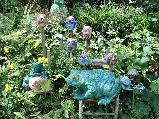 West Stockbridge, Массачусетс: Lawn ornaments