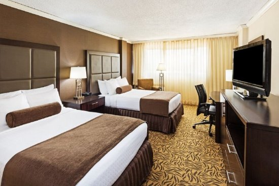 Crowne Plaza Knoxville: Double Bed Guest Room