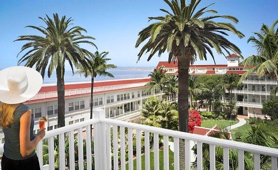 Hotel del Coronado: Garden Patio