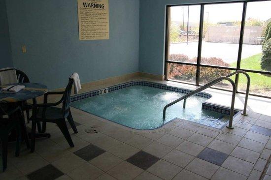 Wausau, Ουισκόνσιν: Indoor Pool & Whirlpool