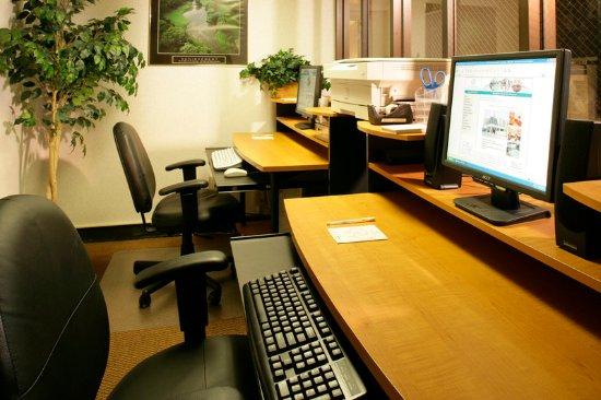 Oak Ridge, TN: Business Center