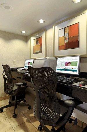 Oak Ridge, TN: Executive Business Center