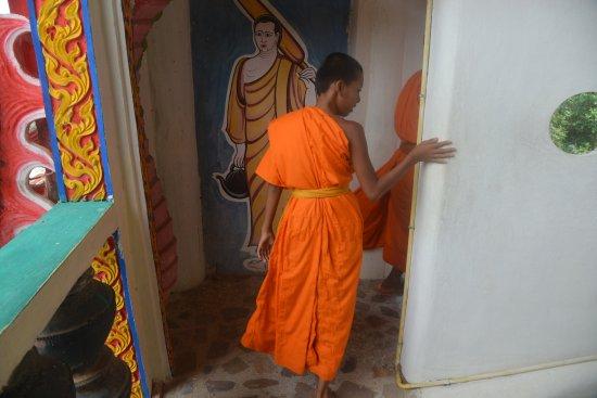 Thung Khao Luang, Thailand: intérieur du temple