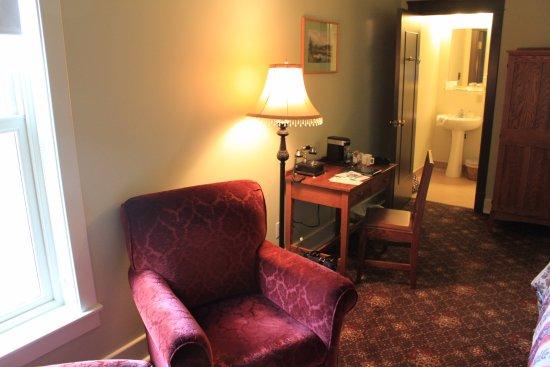 Hotel Selkirk: Room 314
