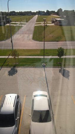 Expressway Suites of Grand Forks: View from our room in the morning.