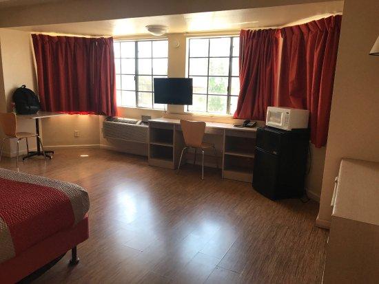 Motel 6 Merced North: photo0.jpg