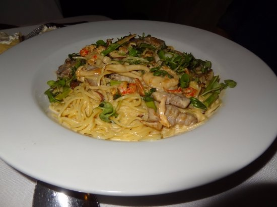 a.Lure: Seafood pasta