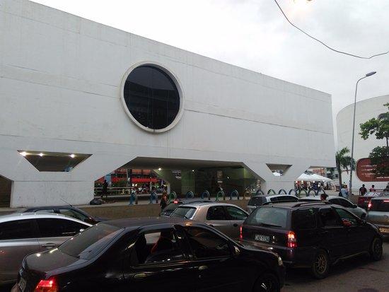 Duque de Caxias, RJ: Lateral