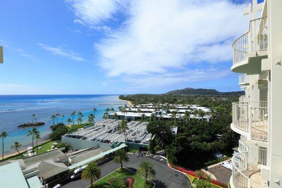The Kahala Hotel & Resort: Ocean View Lanai Room