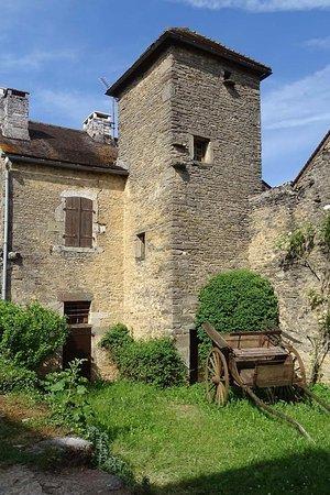 Chateauneuf, فرنسا: Promenade dans le village médiéval