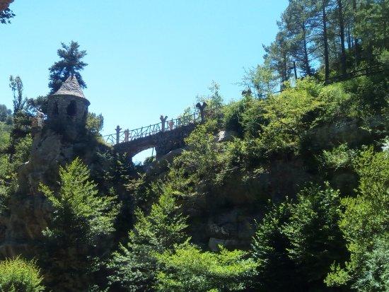 La Pobla de Lillet, España: Otro punto de vista de los Jardins Artigas