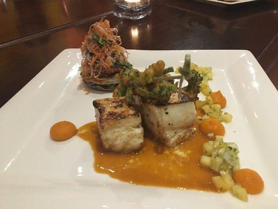 GEORGE Restaurant: fish the best dish so far