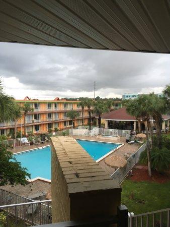 Roomba Inn & Suites Orlando : Pool