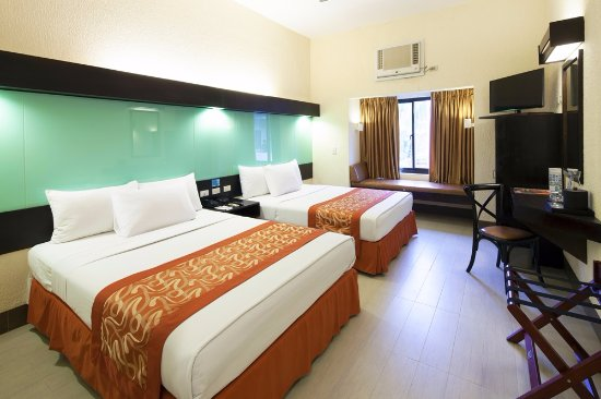 Microtel Inn & Suites by Wyndham Boracay: with personal refrigerator