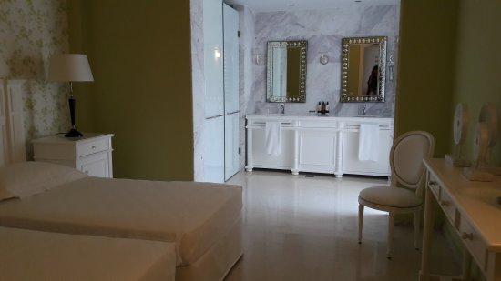 Villa 3 chambres avec piscine privée vue mer - Picture of Elounda ...