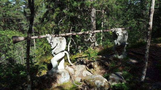 Gamleby, Sverige: Die Trolle