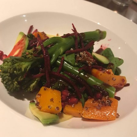 South Normanton, UK: Vegan superfood salad!