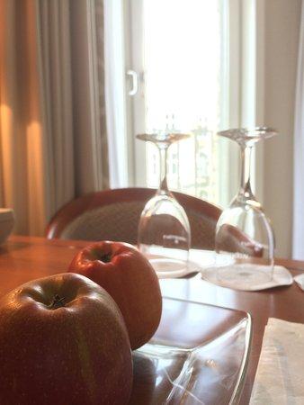 Grand Elysée Hotel Hamburg: Healthy welcome
