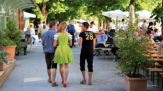 Hotel Seehof Herrsching: Seehof Biergarten