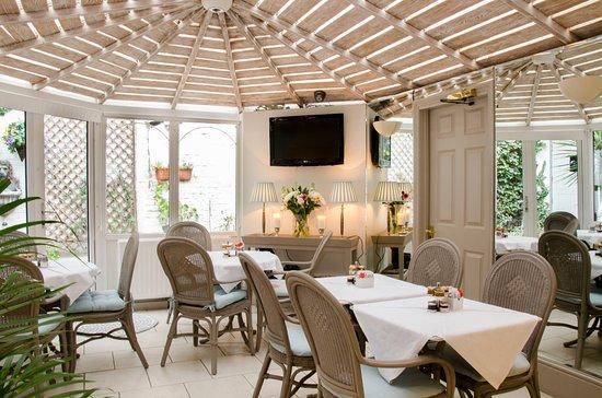 Kingston On Thames Premier Inn Family Room