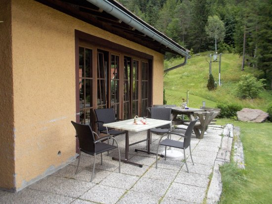 Hinter Dem Haus kleine terrasse hinter dem haus bild gailtalerhof sankt