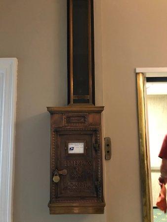Glens Falls, NY: Lobby mailbox