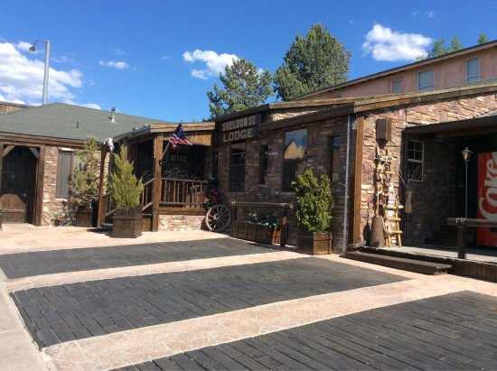 Sheldon St. Lodge: photo0.jpg