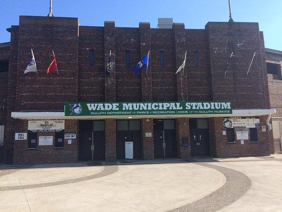 Duluth Huskies at Wade Stadium: Great Stadium to watch a game