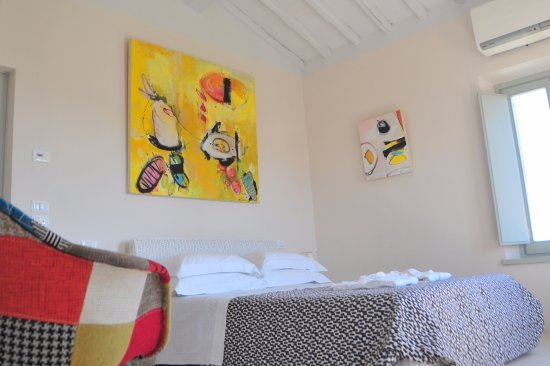 Siena House: Pienza Room