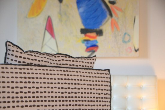 Siena House: Designer Furnishings and Original Art