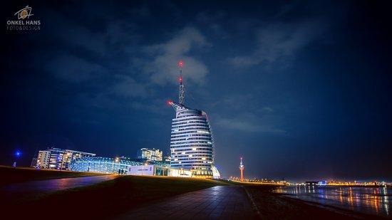 Klimahaus Bremerhaven 8° Ost: Klimahaus & SAIL City Bremerhaven. Auch Nachts eine Augenweide