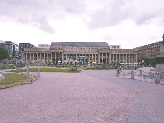 Schlossplatz: Stuttgart Juli 2017