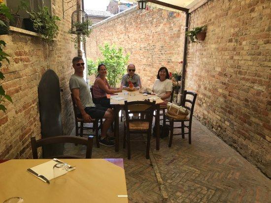 Morrovalle, Italie : photo0.jpg