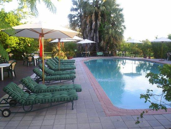 Sedia Riverside Hotel