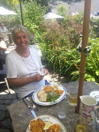 Worth Matravers, UK: Our fab lunch