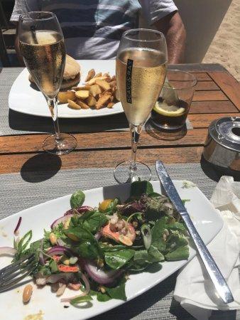 Nassau Beach: Lunch and Prosecco